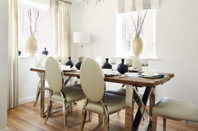 Typical Lincoln dining room