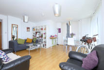 Apartment to rent in Southwold Road Hackney...