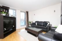 2 bedroom Apartment to rent in Enfield Road Hoxton