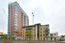 1 bed Apartment in Eastern Avenue Gants...