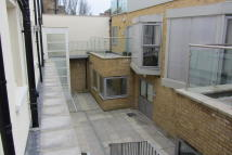 property to rent in 77-79 Southgate Road,