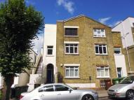 2 bedroom Apartment in Rye Hill Park, London...