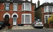 property to rent in Large 4 double bed Family home in Sevenkings School catchment