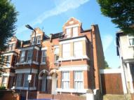 2 bedroom Flat to rent in Nemoure Road, Acton, W3