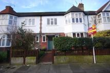 5 bed home in Prebend Gardens, London...