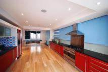 5 bed house in Hammersmith Grove...