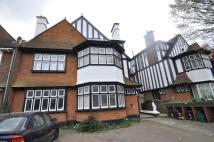 1 bed Flat in Acacia Road, Acton, W3