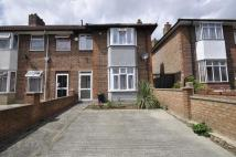 4 bedroom property to rent in Braid Avenue, Acton, W3