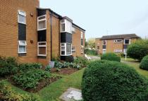 36 Hanover Court Mepham Road Apartment to rent