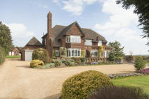 5 bedroom Detached house in Banbury Road...
