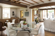 Village House for sale in Machado Gallery...