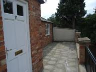 2 bed Flat to rent in Uppingham Road, Preston...
