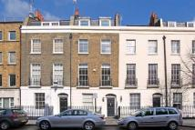 3 bedroom Flat in Acton Street, London...