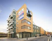 2 bedroom Apartment in HARE MARSH, London, E2