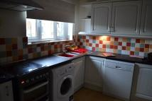2 bed Flat in Manor Court, Enfield, EN1