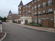 Apartment to rent in Gareth Drive, London, N9