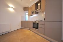 Flat to rent in Hale Lane, London, NW7