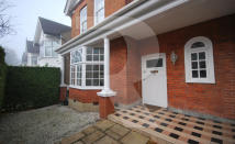 5 bedroom semi detached home to rent in St. Andrews Road, London...