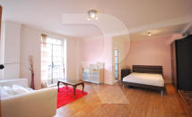 Studio flat to rent in Abbey Road, London, NW8