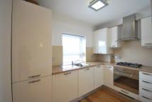 1 bed Flat to rent in Lodge Place Sutton, SM1