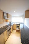 Flat to rent in Park Road, High Barnet...