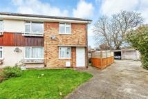 2 bed Maisonette for sale in Harbex Close...