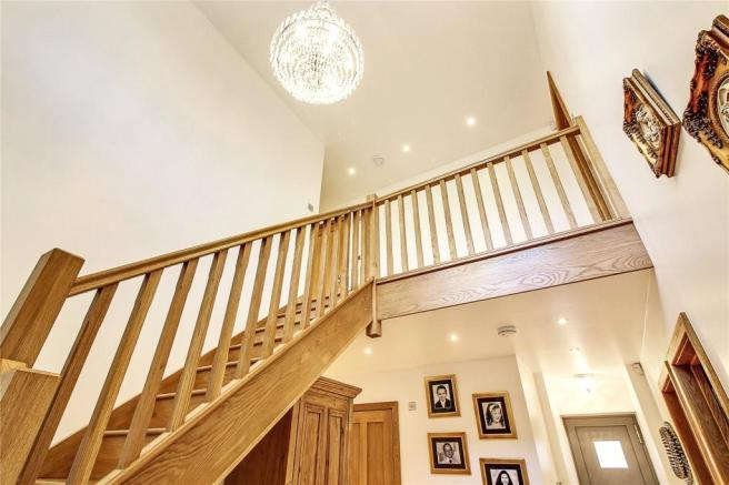 Oak Stairs To F/F