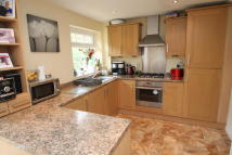 3 bed semi detached property in Rose Hill, Dukinfield...
