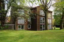 Apartment in Spathfield Court...