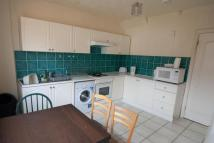 Queensland Avenue Terraced house to rent