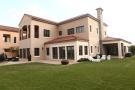 Villa for sale in Redwood...
