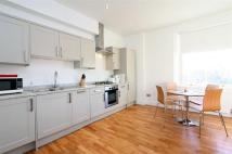 2 bedroom Apartment to rent in Ladbroke Square, London