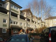 3 bed Flat in Dicken Green Lane...