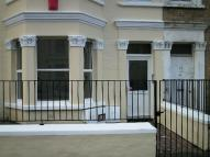 Flat to rent in Gordon Road -...