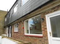 Maisonette to rent in Station Road...