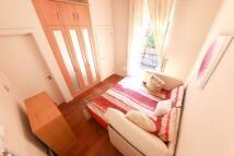 Studio flat in 73 Drayton Gardens...
