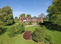 property to rent in Oakwood, East Harting, Hampshire, GU31