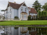 7 bed Detached property to rent in Beech Hill, Wadhurst...