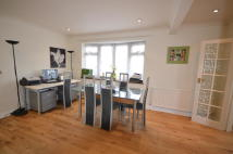 3 bed house in Brookfield Avenue...