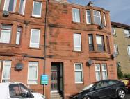 1 bedroom Flat in Stuart Street, Clydebank...