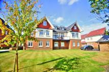 Flat in Magnolia Drive, Banstead