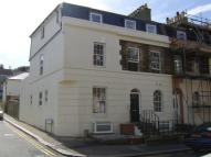 2 bed Flat to rent in Folkestone Road, Dover