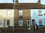 2 bedroom Terraced house to rent in Manor Road, Dover, CT17