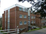 2 bed Flat in Redlands Court...