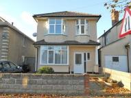 1 bed Ground Flat to rent in Castlemain Avenue...