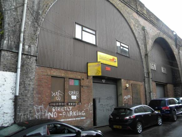 Workshop To Rent In Roxeth Green Avenue South Harrow