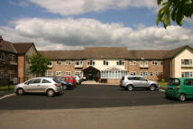 Flat to rent in Moretons Meade...