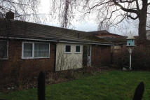 2 bed Bungalow to rent in TRUNK ROAD...