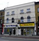 Apartment to rent in Camden High Street...