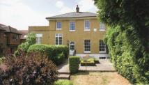 property to rent in The Lodge, Harmondsworth Lane, Harmondsworth, West Drayton, UB7 0LQ